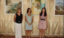 В «Ласточкином гнезде» открылась выставка «Полет над морем»