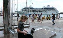 На ялтинской набережной заработал бесплатный Wi-Fi